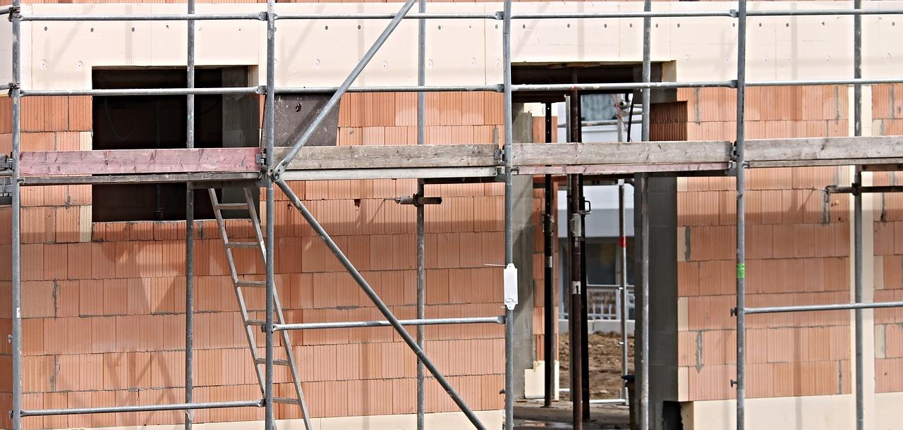Przyłącze prądu na czas budowy domu (prowizorka budowlana)